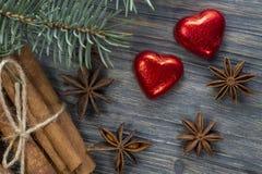 Concetto di Natale con il pino delle stelle dell'anice della cannella immagine stock libera da diritti