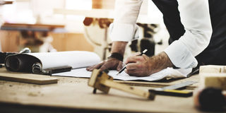 Concetto di Occupation Craftsmanship Carpentry del tuttofare fotografia stock