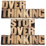Concetto di Overthinking nel tipo di legno Fotografia Stock Libera da Diritti
