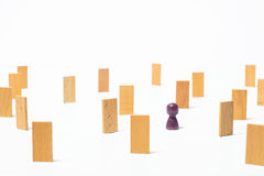 Concetto di pensiero, la ricerca delle soluzioni, i giochi di mente Immagine Stock