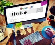 Concetto di ricerca di Connect Browsing Internet dell'uomo d'affari fotografie stock