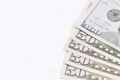 Concetto di risparmio I portachiavi a anello si trovano sui soldi Immagini Stock Libere da Diritti
