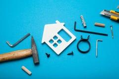 Concetto di servizio della casa di riparazione, costruzione della casa fotografie stock libere da diritti