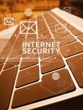 Concetto di SICUREZZA di INTERNET, di affari di Digital e di tecnologia Fotografia Stock Libera da Diritti