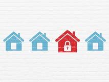 Concetto di sicurezza: icona domestica sul fondo della parete Fotografia Stock Libera da Diritti