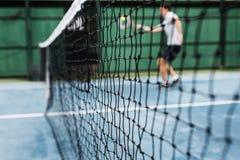 Concetto di stile di vita del gioco di partita di addestramento di Palyer di tennis Fotografia Stock