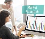 Concetto di strategia di marketing del consumatore di analisi di ricerca di mercato immagini stock libere da diritti