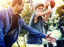Concetto di tattiche del piano tattico di sport del giocatore di pallacanestro Immagini Stock Libere da Diritti