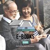 Concetto di tecnologia dell'innovazione della letteratura di media del E-lettore dei libri elettronici Fotografie Stock