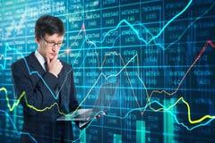 Concetto di tecnologia, della rete e di finanza fotografia stock