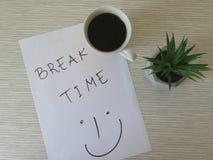Concetto di tempo della rottura Mattina di affari, tempo della rottura, tempo del caffè Composizione nel fondo di tempo della rot fotografia stock