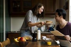 Concetto di unità della prima colazione di mattina di cibo di Coouple Fotografia Stock Libera da Diritti