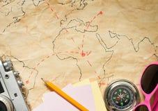 Concetto di viaggio di viaggio sul fondo dell'estratto della mappa Immagine Stock Libera da Diritti