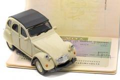 Concetto di visto di Citroen 2CV Schengen Fotografia Stock Libera da Diritti