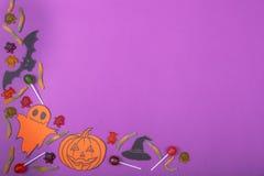 Concetto felice della carta di Halloween Tagliato della zucca di carta per una progettazione del partito Immagini Stock Libere da Diritti