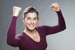 Concetto femminile di successo per la bella donna 30s Immagini Stock Libere da Diritti