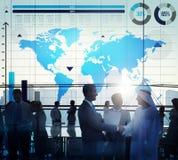 Concetto globale della mappa di mondo di crescita del grafico commerciale Fotografia Stock Libera da Diritti
