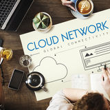 Concetto globale della parte di connettività della rete della nuvola immagine stock
