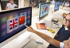 Concetto inglese di applicazione di traduzione di lingue cinesi fotografia stock