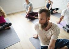 Concetto internazionale di forma fisica di rilassamento del gruppo di esercizio Fotografia Stock