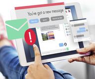 Concetto mandante un sms di comunicazione del collegamento del nuovo messaggio Immagini Stock
