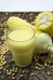 Concetto maturo del raccolto della natura dell'alimento del raccolto dell'azienda agricola del grano del latte del cereale Fotografia Stock Libera da Diritti