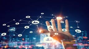 Concetto mondiale di tecnologia di mezzi d'informazione Media misti Immagine Stock