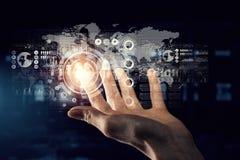 Concetto mondiale di tecnologia di mezzi d'informazione Media misti Immagini Stock