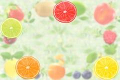 Concetto naturale sano fresco dell'alimento di frutti del fondo misto della fetta Fotografie Stock