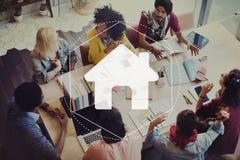 Concetto online del grafico di tecnologia della Comunità domestica Immagini Stock