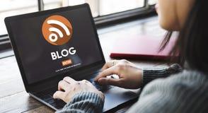Concetto online di Internet di media degli articoli sociali del blog immagine stock libera da diritti