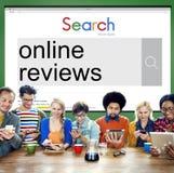 Concetto online di suggerimento di commento di risposte di rassegne immagine stock