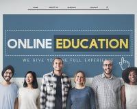 Concetto online di tecnologia di e-learning del homepage di istruzione fotografie stock libere da diritti