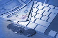 Concetto online di transazione fotografia stock