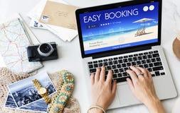 Concetto online di volo di viaggio di prenotazione del biglietto di prenotazione immagine stock