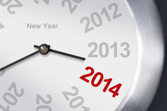 Concetto 2014, primo piano del nuovo anno dell'orologio su fondo bianco. Immagini Stock Libere da Diritti