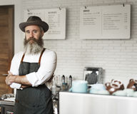 Concetto professionale degli apparecchi dell'uniforme del vapore del caffè del caffè fotografia stock libera da diritti