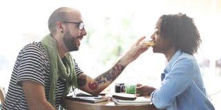 Concetto romanzesco dolce di sostegno di passione di amore della data delle coppie Immagine Stock Libera da Diritti