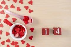 Concetto rosso romanzesco di giorno di biglietti di S. Valentino del cuore fotografia stock libera da diritti