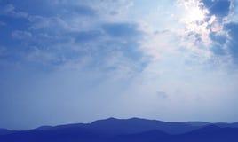 Concetto rurale di ecoturismo di scena di tramonto stupefacente Fotografia Stock