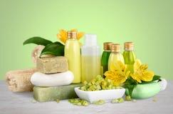 Concetto sano della stazione termale con le barre fatte a mano del sapone Immagini Stock