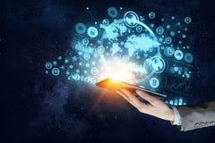 Concetto senza fili di nuova tecnologia e del collegamento Media misti Immagine Stock Libera da Diritti