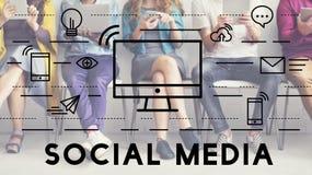 Concetto sociale del collegamento di comunicazione dei dispositivi di media immagini stock libere da diritti