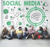 Concetto sociale di segnale WiFi di parola di media Fotografia Stock Libera da Diritti