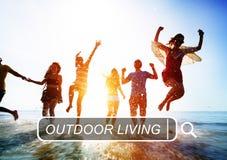 Concetto vivente all'aperto di vacanza estiva di godimento della spiaggia Fotografia Stock