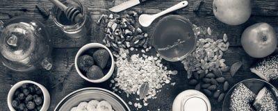Concezione: Primo piano adeguato di vista superiore di nutrizione Prima colazione sana Immagine Stock Libera da Diritti