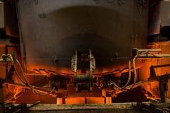 Concha de aço da concha com metal na carcaça metallurgy fotografia de stock royalty free