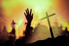Concierto cristiano de la música con la mano aumentada foto de archivo libre de regalías