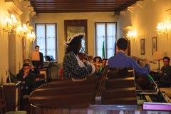 Concierto de violinistas y de flautis Foto de archivo libre de regalías
