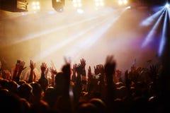 Concierto popular del cantante Fotos de archivo